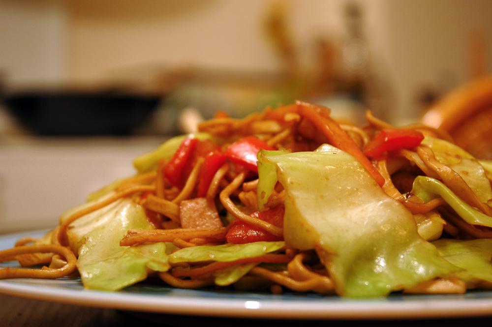 μμμ… κάτι μου μυρίζει… noodles με λαχανικά και γαλοπούλα